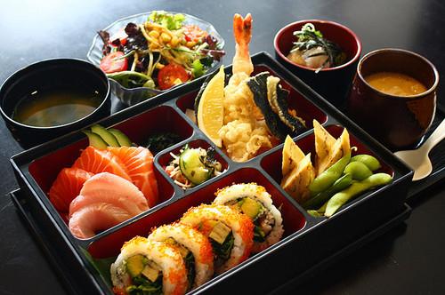 Optional SIC [From Tokyo] (1) Kimono Rental & Asakusa Walking   (2) Tea Ceremony Experience   (3) Premium Kuroge Wagyu Beef Yakiniku Course Meal Plan in Akihabara