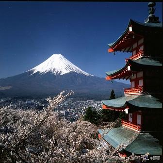 [By Bus] 1Day. Mt.Fuji Views & All-you-can-eat Seasonal Fruit, Arakurayama Sengen Park & Buffet Lunch *Yokoso Japan