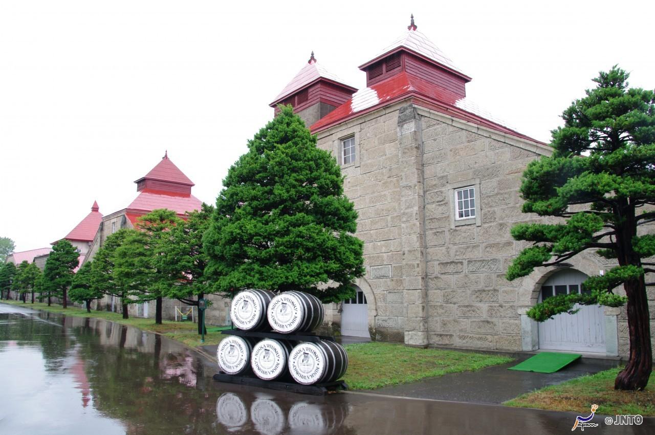 [H-1]S: Exploring Otaru Canal and Yoichi Tour