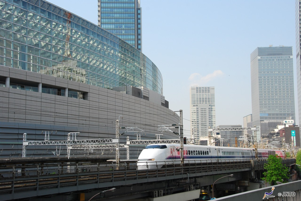 Optional SIC [From Tokyo] (1) Kyoto Train & Hotel Package and Hiroshima or Osaka