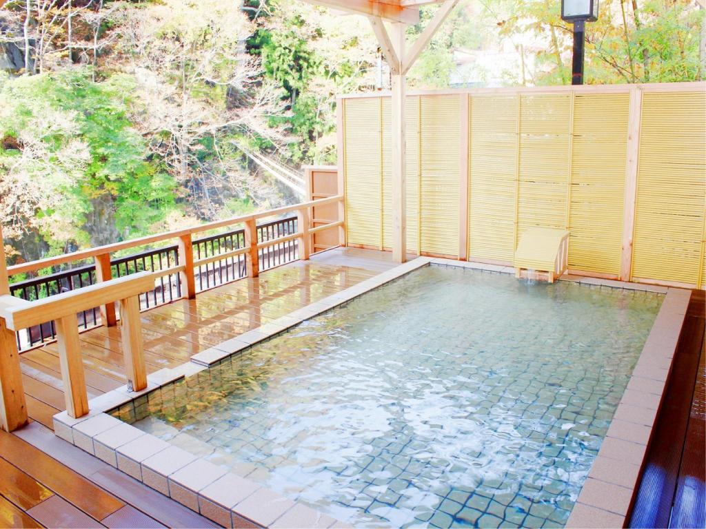 [By Bus] 2D1N package. Tochigi Kawaji Onsen.Hotel Ichiryukaku *ALInoBABY