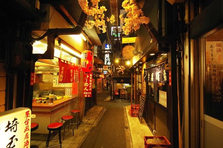 Ameyoko + Omoide Yokocho with Round Trip Cherry Tomato SIC Door to Door Transfer (Duration: approx. 05-06Hrs) **ALInoBABY**