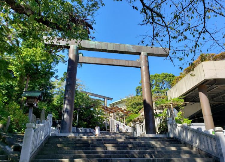 Iseyama Kotaijingu Shrine with Round Trip Cherry Tomato SIC Door to Door Transfer (Duration: approx. 07-08 Hrs)**ALInoBABY**