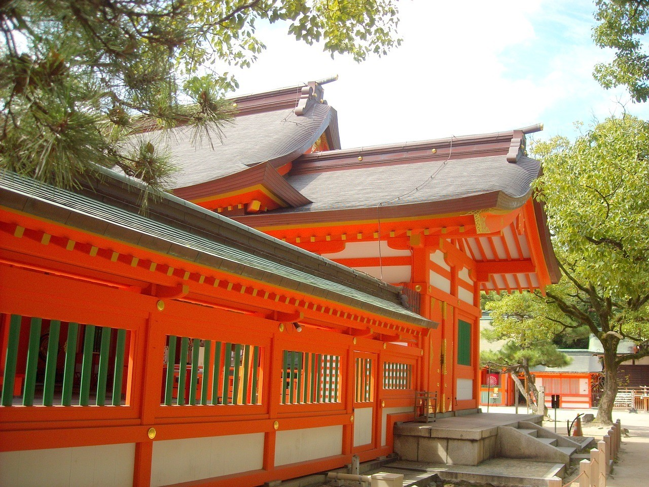 Chikuzen Sumiyoshi with Round Trip Cherry Tomato SIC Door to Door Transfer (Duration: approx. 03-04Hrs) **ALInoBABY**