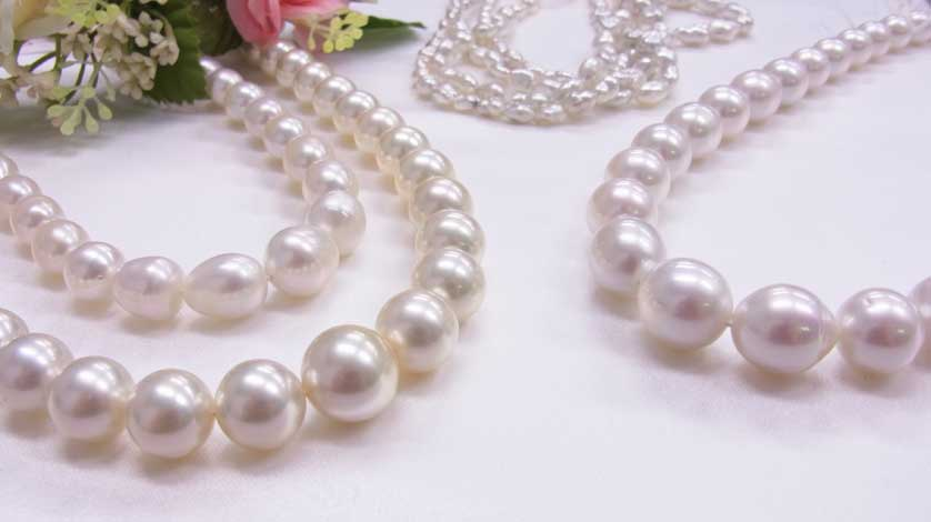 Kobe Pearl Museum with Round Trip Cherry Tomato SIC Door to Door Transfer (Duration: approx. 03 04Hrs) **ALInoBABY**