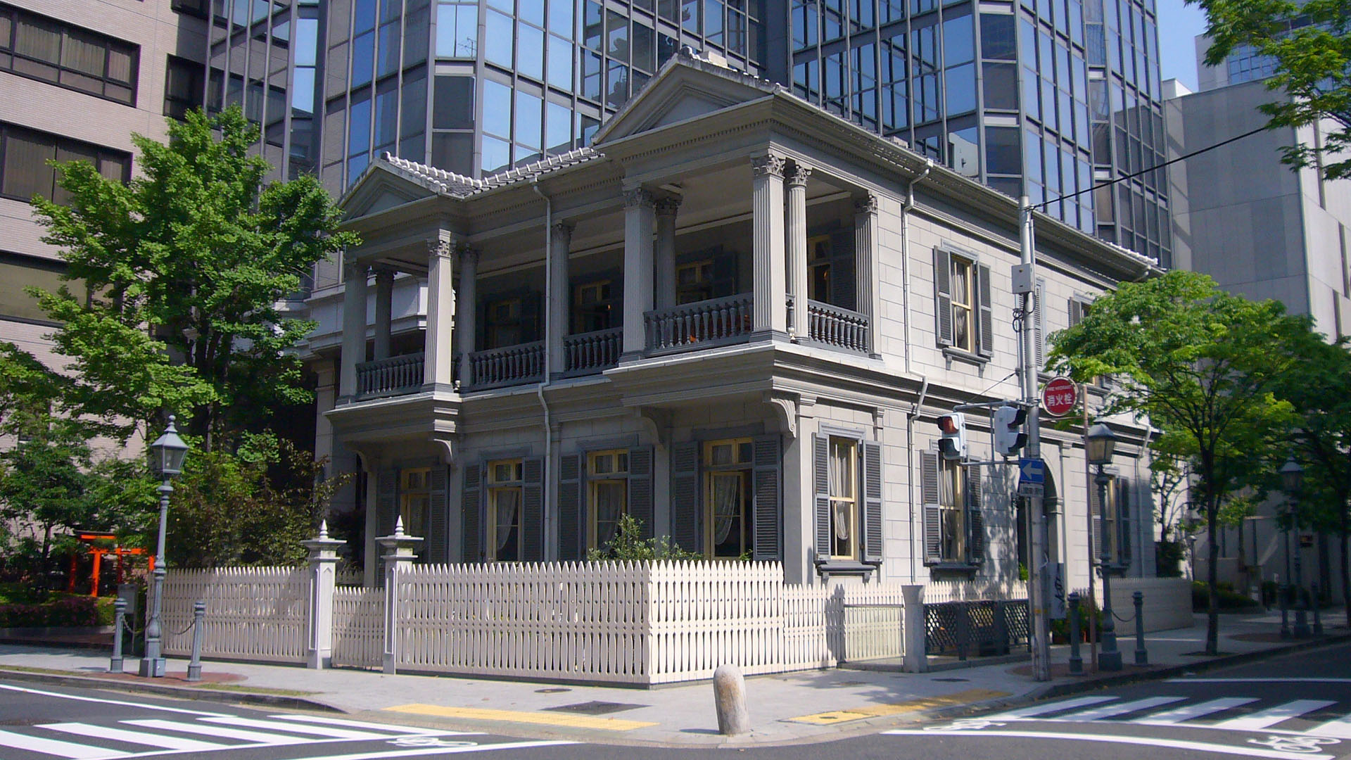 The Former Foreign Settlement of Kobe with Round Trip Cherry Tomato SIC Door to Door Transfer (Duration: approx. 3.5-4.5Hrs)**ALInoBABY**