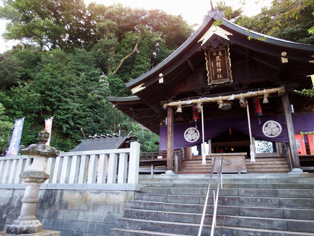 Keya Kurotatsu Shrine with Round Trip Cherry Tomato SIC Door to Door Transfer (Duration: approx. 02-03Hrs) **ALInoBABY**