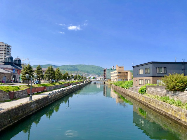 Otaru Canal with Round Trip Cherry Tomato SIC Door to Door Transfer (Duration: approx. 3.5-4.5Hrs)**ALInoBABY** (F110063.RR.1608.E1)